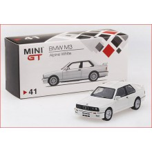 BMW M3 - ALPINE WHITE (1/64)
